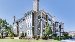 Hamptons-of-Hinsdale-Association-Building-6-12.jpg