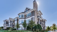 Hamptons-of-Hinsdale-Association-Building-6-13.jpg