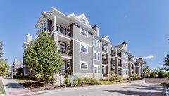 Hamptons-of-Hinsdale-Association-Building-6-17.jpg